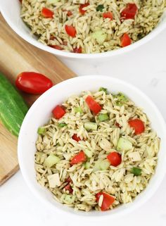 Tomato Pasta Salad, Pasta Salad With Tortellini, Pasta Salad Ingredients, Easy Pasta Salad Recipe, Orzo Salat, How To Cook Orzo, Peruvian Recipes, Peruvian Cuisine, Dinner Is Served