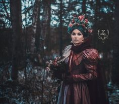 #crown, flower crown, green hair, queen, winter queen, big dress, book cover, fantasy, princess, winter photography, fantasy photoshoot, flowers, flower