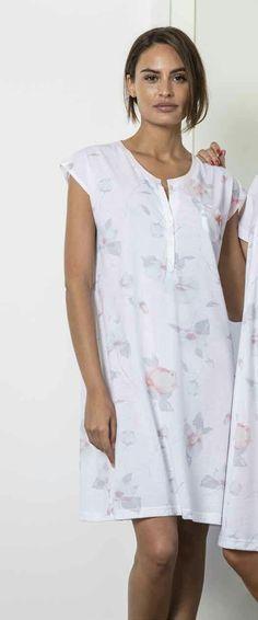 76386d514 Camisón verano en tejido 100% algodón con estampación digital