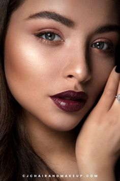 Here's an inspiration for your Fall / Autumn Hair and Makeup ideas. Natural, Dramatic, Flirty, Bridal Makeup Looks. Get ready to channel those edgy vibes for Party, Birthday, Events and Wedding! Looking for Hair and Makeup Artist in Essex, UK? Check us out now!