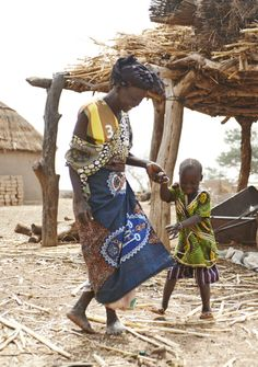 Thanks to Natifatou can stand, walk and - best of all - dance on her own! Cbr, Light For The World, Inclusive Education, We The People, Cover Up, Africa, Thankful, Disability, Smartphone