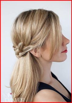 Trendy Fishtail Braided Hairstyles - Short Hair Tutorials, The fishtail braid, that is also known as the fishbone braid is totally fashionable in Additionally, these trendy fishtail braided hairstyles ca. Fishtail Braid Hairstyles, Braided Hairstyles For Wedding, Wedding Ponytail, Natural Hair Styles For Black Women, Short Hair Styles Easy, Short Hair Updo, Braids For Short Hair, Short Hair Model, Texturizer On Natural Hair