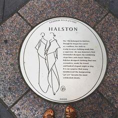 New York fashion walk of fame #walk#newyork#instacool#instadaily#instamood#moodoftheday#fashion#walk#blog#blogger#fashionblogger#style#moda by themanikinstore
