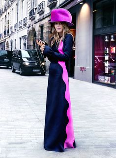 Stylabl Streets: the dress MINUS the hat Anna Dello Russo, Ball Dresses, Nice Dresses, Maxi Styles, Street Style Looks, Looking For Women, Dress Skirt, Dress Outfits, Fashion Show
