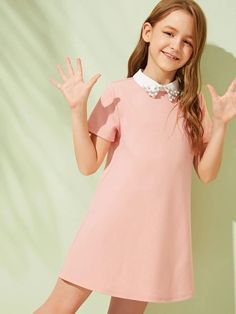 To find out about the Girls Contrast Collar With Beaded Detail Tunic Dress at SHEIN, part of our latest Girls Dresses ready to shop online today! Girls Fashion Clothes, Tween Fashion, Fashion Outfits, Tee Dress, Collar Dress, Cute Dresses, Girls Dresses, Tween Mode, Contrast Collar