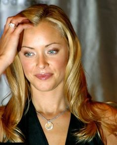 Kristanna Loken (October 8, 1979) American actress, o.a. known from the soap 'As the world turns' and 'Unhappily ever after'.