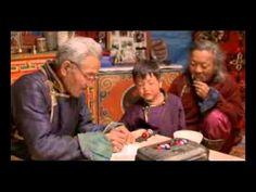 110-A- LA HISTORIA DEL CAMELLO QUE LLORA - YouTube. Nosotros los habitantes de Mongolia respetamos la Naturaleza y sus Espíritus. Hoy en día el Hombre saquea la Tierra para llevarse sus tesoros. Eso ahuyenta los Espíritus que deberían protegernos del mal tiempo y las enfermedades. No debemos olvidar que no somos la última generación de la Tierra.
