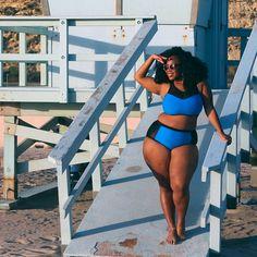 31 Plus Size Women In Bikinis Who Prove That Fatkini Season Is The Best Season Plus Size Bikini Bottoms, Women's Plus Size Swimwear, Curvy Swimwear, Trendy Swimwear, One Piece Swimwear, Curvy Bikini, Bikini Modells, Swimsuit, Lingerie