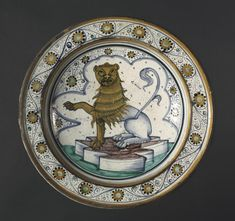 Plate: Lion, late 1400s Italy, Cafaggiolo, 15th century