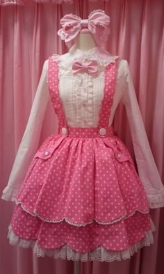 I dont understand this lolita stuff but i do adore this dress pinned by Cindy Vermeulen