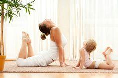 El Yoga se centra en conectar mente y cuerpo a través de la respiración y el movimiento, lo cual puede aumentar la circulación sanguínea, especialmente en las extremidades. Es uno de los pocos ejercicios que involucra todo el cuerpo sin generar impacto o stress físico.