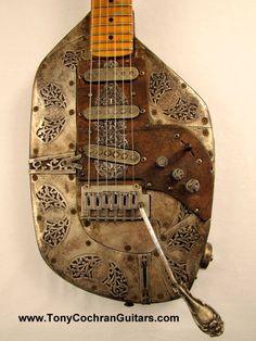 Medallion electric guitar by Tony Cochran