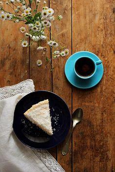 coconut cake by Nina Gabelica