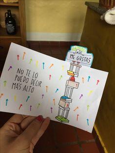 Una hermosa tarjeta para decirle cuánto lo amas. #DIY Diy Gifts For Boyfriend, Boyfriend Anniversary Gifts, Love Gifts, Gifts For Him, Ideas Aniversario, Diy And Crafts, Paper Crafts, Little Presents, Love Phrases