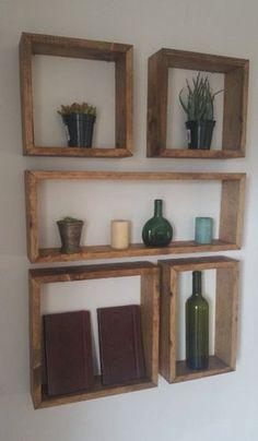Wooden Box Shelves, Rustic Wall Shelves, Pallet Wall Shelves, Wooden Shelf Design, Rustic Wood Wall Decor, Floating Shelves, Room Decor Bedroom, Diy Room Decor, Diy Regal