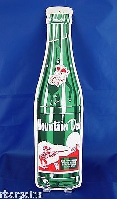 Find mountain dew vintage and mountain dew vintage bottle from a vast selection of Collectibles. Garage Bar, Man Cave Garage, Vintage Bar, Vintage Signs, Pepsi Cola, Coke, Man Cave Wall Decor, Graffiti Doodles, Bottle Cutting