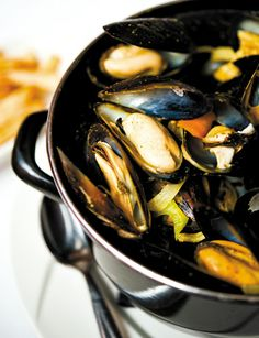 """Food So Good Mall: """"Mussels with Garlic and Herbs"""". I changed my mind, this one!!"""
