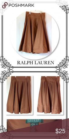 "Ralph Lauren Skirt EUC // Circular style // Side Zipper // Size 10 //.      Shell 100% cotton - Lining 100% acetate // Waiste to hem 33"" //  Light brown // very flowy // Non stretch // about 120"" bottom circumference // Lauren Ralph Lauren Skirts Circle & Skater"