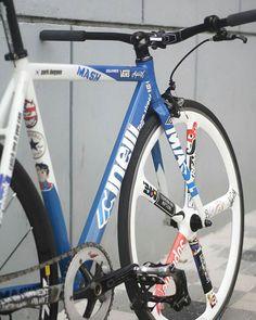 #Repost from cyclist @dogyun_stagram - 2011 cinelli mash volt custom color Canon 450d 50mm 1.8 #cinelli #mash #cinellimash #fixedgear #fixtagram #fixedbike #mavicellipse #3t #suginozen #cycling #biking #cyclist #bike #hizokucycles HizokuCycles.com