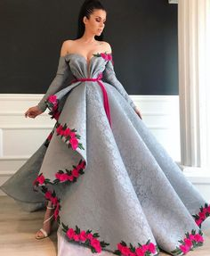 Prepare the prom dresse 2015 for the upcoming prom? Then you need to see silver lace sexy 2019 arabic evening dresses long sleeves high split prom dresses vinta Split Prom Dresses, Prom Dresses 2015, Wedding Dresses, Bridesmaid Dresses, Couture Dresses, Fashion Dresses, Fashion Clothes, Fashion Fashion, Runway Fashion