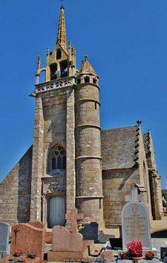 Eglise Notre-Dame de Trédrez et cimetière à Tredrez.