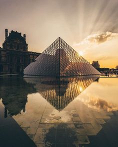 Crazy light at the Louvre shot with my Olympus Pen F ! Check out the link in my bio for more info #myolympus #olympuspenf