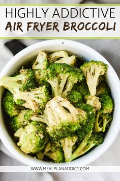 This highly addictive vegan air fryer broccoli is just that. This side dish comes together in less than 2 minutes and is cooked to perfection in your Air Fryer in 5 minutes! Air Fryer Recipes Breakfast, Air Fryer Oven Recipes, Air Frier Recipes, Air Fryer Dinner Recipes, Veggie Recipes, Vegetarian Recipes, Cooking Recipes, Healthy Recipes, Cooking Food