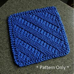 Dishcloth Knitting Patterns, Knit Dishcloth, Knitted Heart, Purl Stitch, Garter Stitch, Knitting For Beginners, Pattern Making, Gifts For Family, Knitting Projects