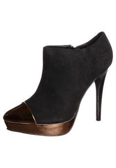 eb7e73c2001c31 Lily s Closet High heeled ankle boots - black £65   Zalando