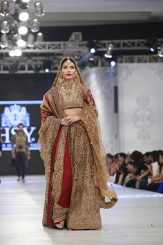 2016 PFDC LOreal Paris Bridal Week HSY Latest Dresses