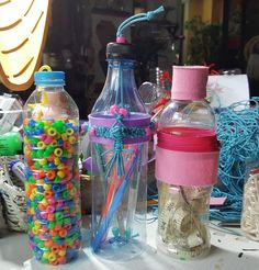 Plastic Bottles upcycled Plastic Bottles, Repurposed, Crocheting, Upcycle, Recycling, Water Bottle, Crafty, Reading, Paper