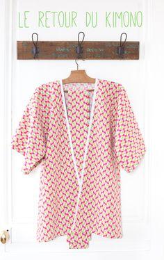 Kimono (le retour) - Motifs géométriques roses et verts - Tutoriel By hand London