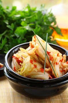 http://christinebailey.co.uk/recipe/kimchi/
