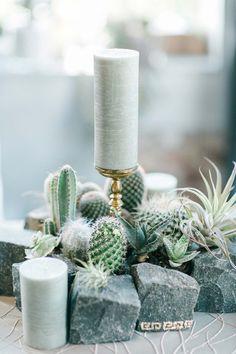 Von Azteken-Gold und Maya-Schokolade Hilal & Moses http://www.hochzeitswahn.de/inspirationsideen/von-azteken-gold-und-maya-schokolade/ #inspriation #wedding #flowers