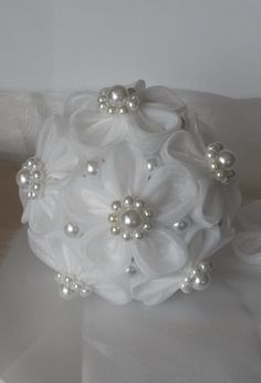 Hey, I found this really awesome Etsy listing at https://www.etsy.com/listing/205436608/3-pcs-handmade-bridal-wedding-kanzashi