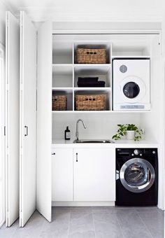 40 Small Laundry Room Ideas and Designs 2018 Laundry room decor Small laundry room organization Laundry closet ideas Laundry room storage Stackable washer dryer laundry room Small laundry room makeover A Budget Sink Load Clothes Home, Small Laundry Rooms, Room Remodeling, Small Bathroom, Melbourne House, Laundry Design, European Laundry, Laundry In Bathroom, Room Design