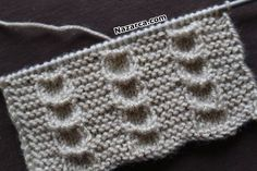 Tacked Herringbone Stitch in Hand Embroidery (Step By Step & Video) - frieda Baby Knitting Patterns, Knitting Stitches, Knitting Designs, Stitch Patterns, Diy Crafts Knitting, Easy Knitting, Kurti Embroidery Design, Baby Pullover, How To Make Rings
