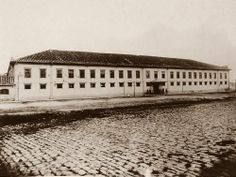 1910 - Quartel da Guarda Cívica, na Várzea do Carmo (atual Parque Dom Pedro II).