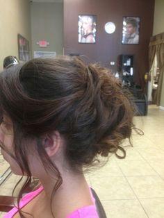 Bridesmaid's hair!