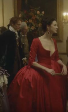 outlander season 2, sets and costumes, Jamie Fraser, Claire, red satin dress