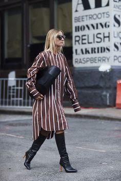 Attendees at New York Fashion Week Spring 2018 - Street Fashion #newyorkfashion,