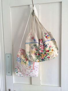 Handmade bags by HenHouse Handmade Handbags & Accessories - http://amzn.to/2ij5DXx