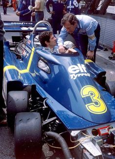 """itsbrucemclaren: """"//// Jody Scheckter and Derek Gardner with in was not a fan despite his Swedish GP win and left the team for Wolf Racing for and a conventional, successful car, the Wolf Ford designed by Harvey Postlethwaite. Subaru, Jody Scheckter, Formula 1 Car, Old Race Cars, F1 Racing, Real Racing, Indy Cars, Vintage Racing, Courses"""