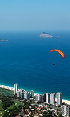 Looking for an adventure!? How about hang gliding in Brazil's beautiful capital, Rio #Brazil