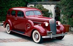 1936 Buick Century sedan, part of the 1936-1942 Buick Series 60 Century line of collectible cars