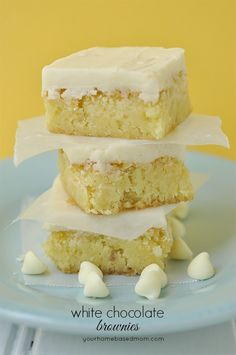 Satisfy your sweet tooth and put a smile on your friends' faces with White Chocolate Brownies for dessert!