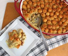 TATER TOT CASSEROLE! With peppery vegan chicken! That's what we're talking about. This 'role's for us.