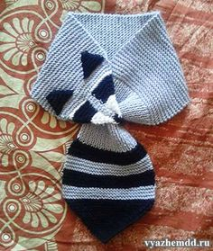 What a cute knitted skunk animal scarf!    This looks like it could be converted to crochet as well. :).   готовый шарф