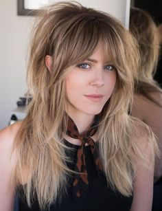 Feathered Shag For Long Fine Hair Spring Hairstyles, Hairstyles With Bangs, Cool Hairstyles, Casual Hairstyles, Fine Hair Haircuts, Long Shag Hairstyles, Women Haircuts Long, Hairstyles Videos, Blonde Hairstyles