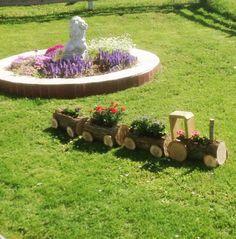 Trädgårdståg av vedträn